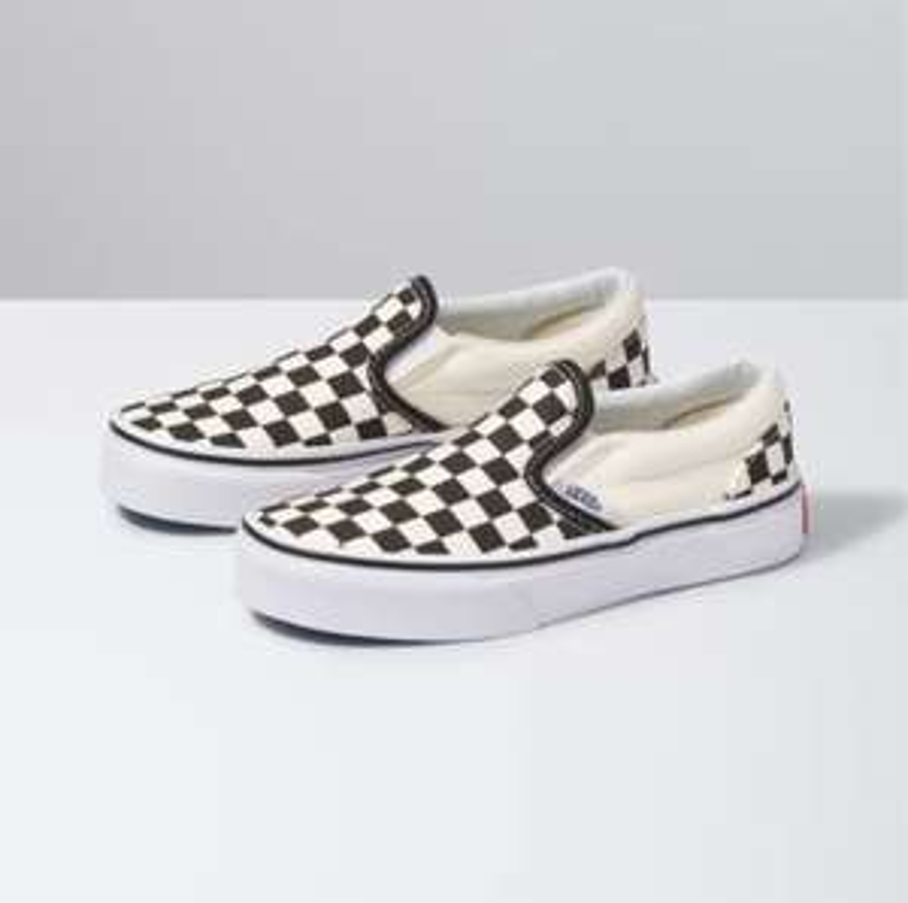 Vans Classic Slip-On Checkerboard kids sneakers voor €9,99 @ Foot Locker