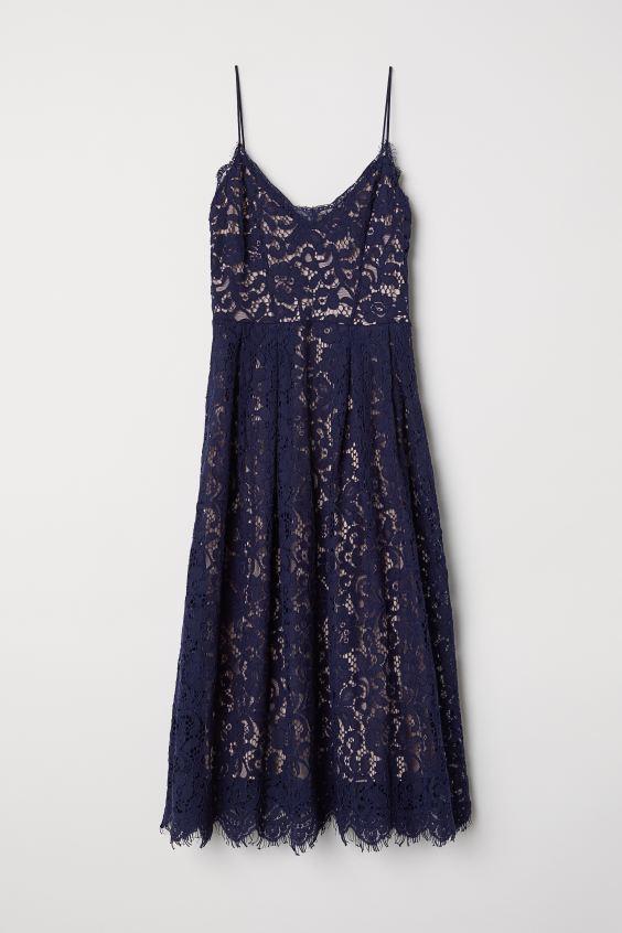 79% korting op blauwe kanten jurk van de H&M