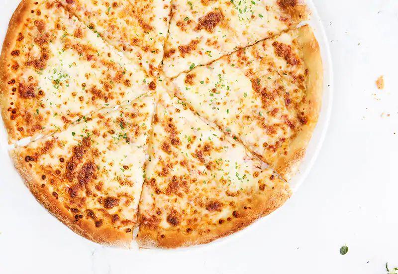 Lunchdeal: Medium Pizza Margaritha €2,99
