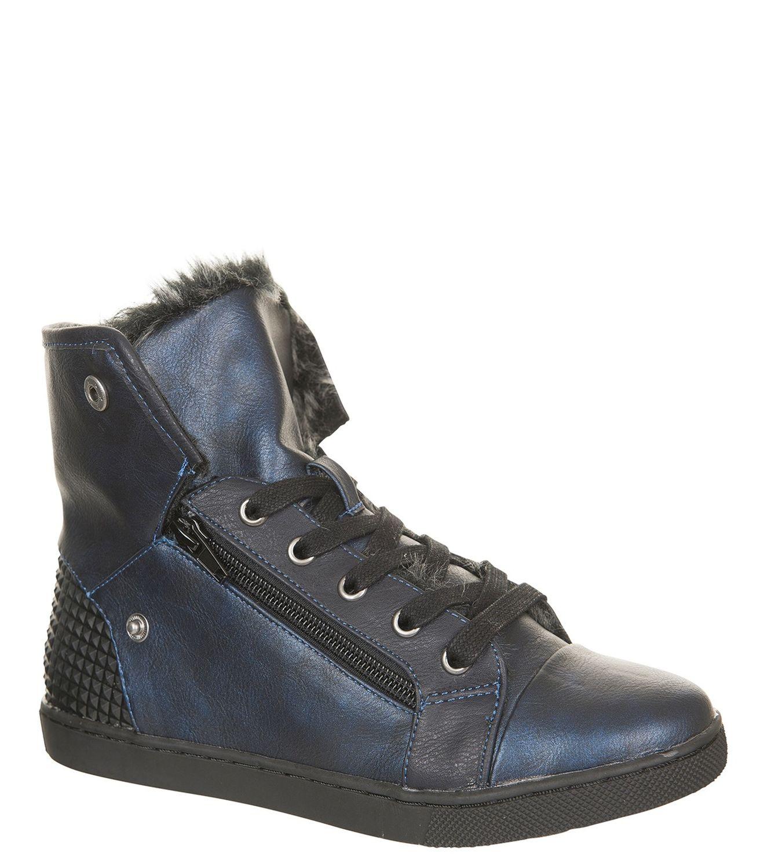 Bullboxer schoenen (maat 30 t/m 39) voor €9,60 @ V&D