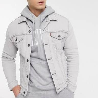 Levi's The Trucker Jacket (Pale Shade Indigo) Was €119,- @ Amazon NL