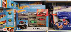 9 Hot Wheels autootjes @ Action
