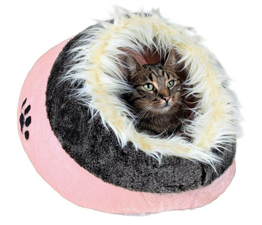Kattenhuisje / knuffelgrot
