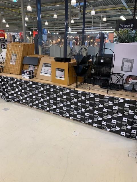 Karwei [Enschede], Heel veel metalen woonaccessoires met 70% korting!!