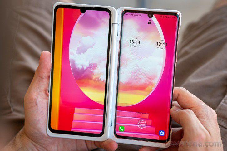 LG Velvet + accesoires (bij t-mobile abonnement)