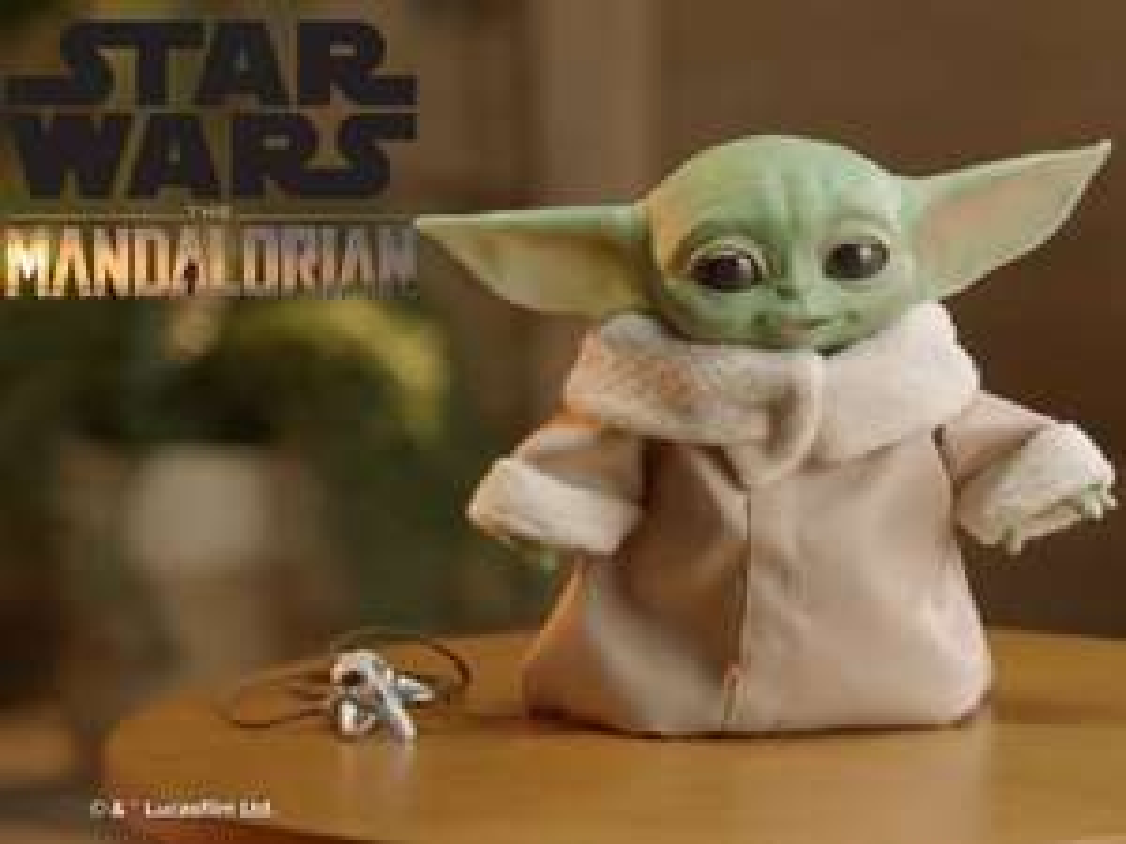 Hasbro Star Wars The Child Animatronic Edition AKA Baby Yoda