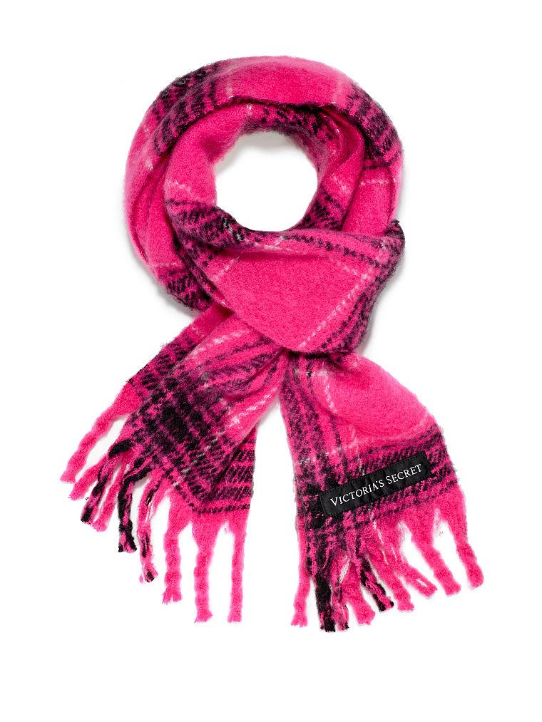 Victoriassecret winterdeal 2+1 gratis op mutsen, sjaals en handschoenen