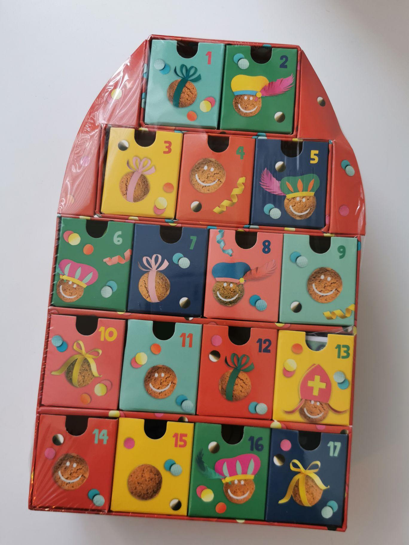 Sint aftelkalender met kleine cadeautjes nu € 0,50 (alle Sint artikelen € 0,50) bij Jumbo