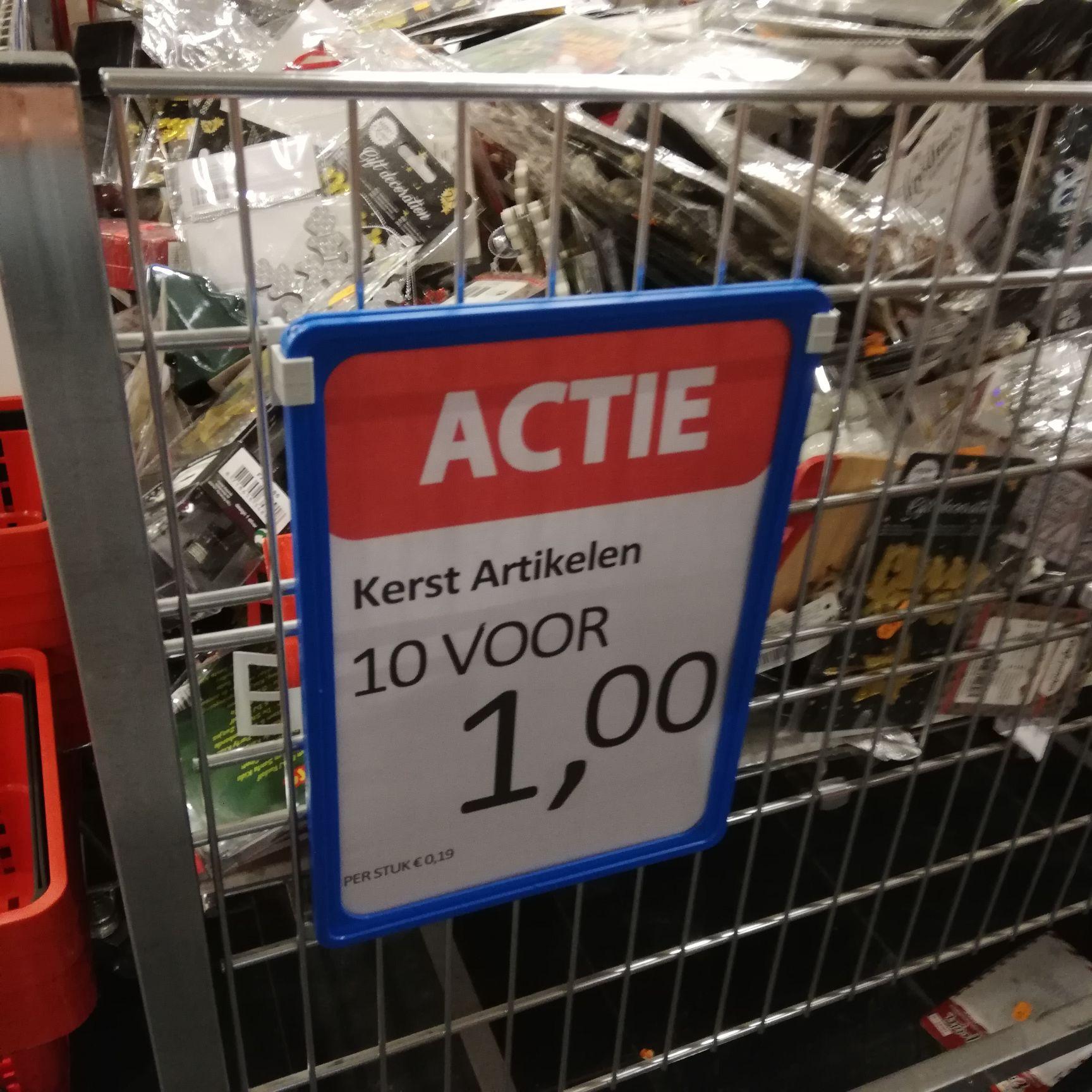Kerstartikelen 10 voor 1 euro! Die Grenze (Assen)