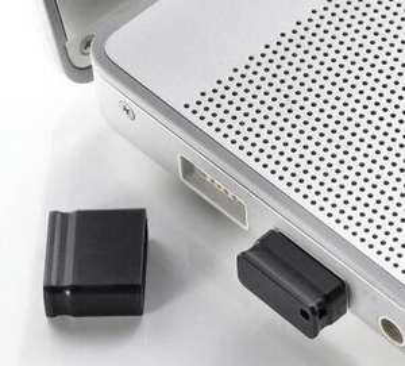 Micro USB stick 32GB voor 2,32 euro bij Amazon.