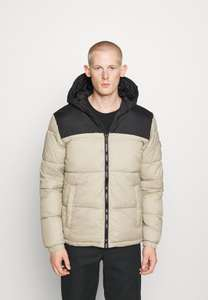 Jack & Jones jassen €15 @Zalando