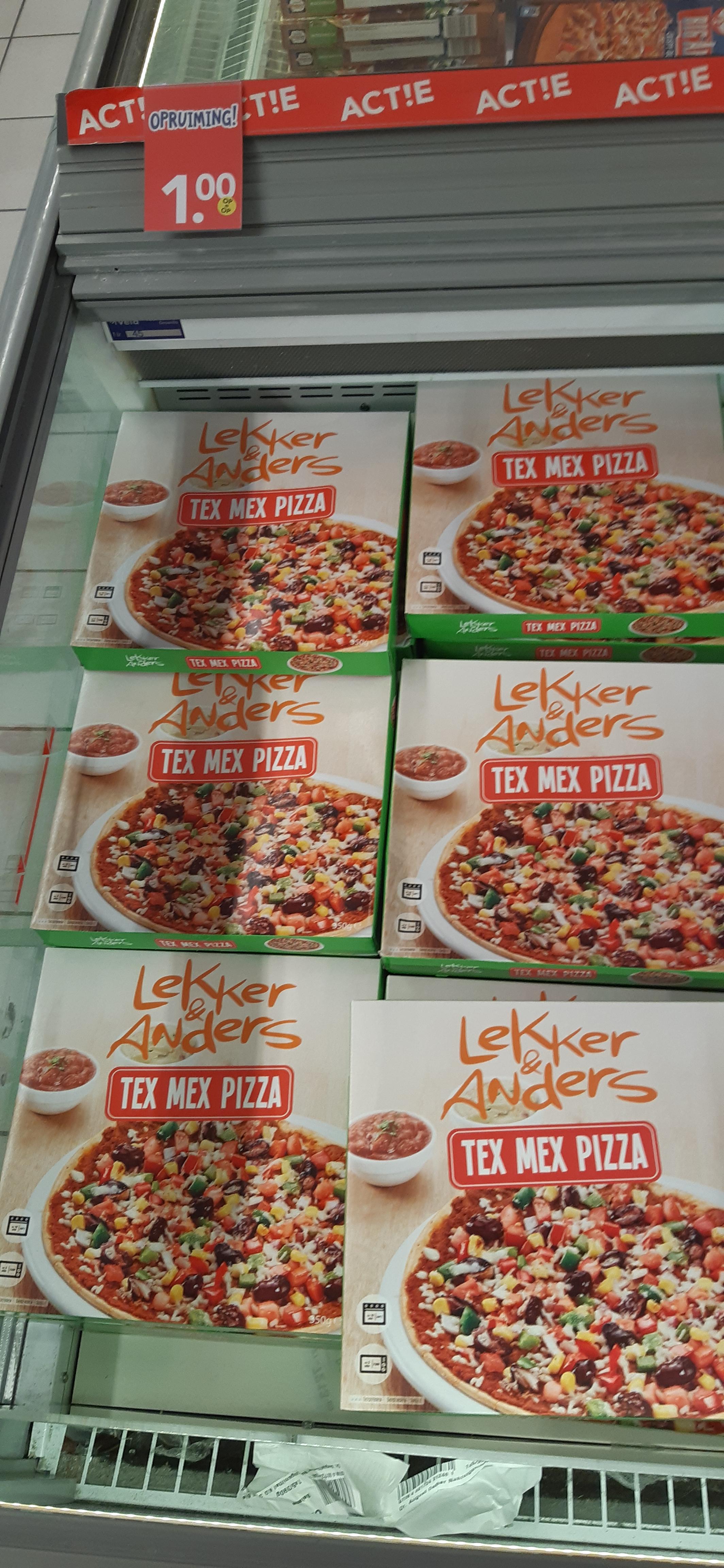 LOKAAL Deen hoofddorp lekker en anders tex mex pizza