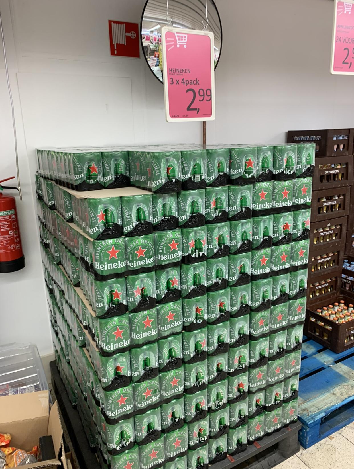 [Lokaal] Datum Voordelshop Enschede, 3x 4-pack Heineken bier (25cl) voor maar €2,99!