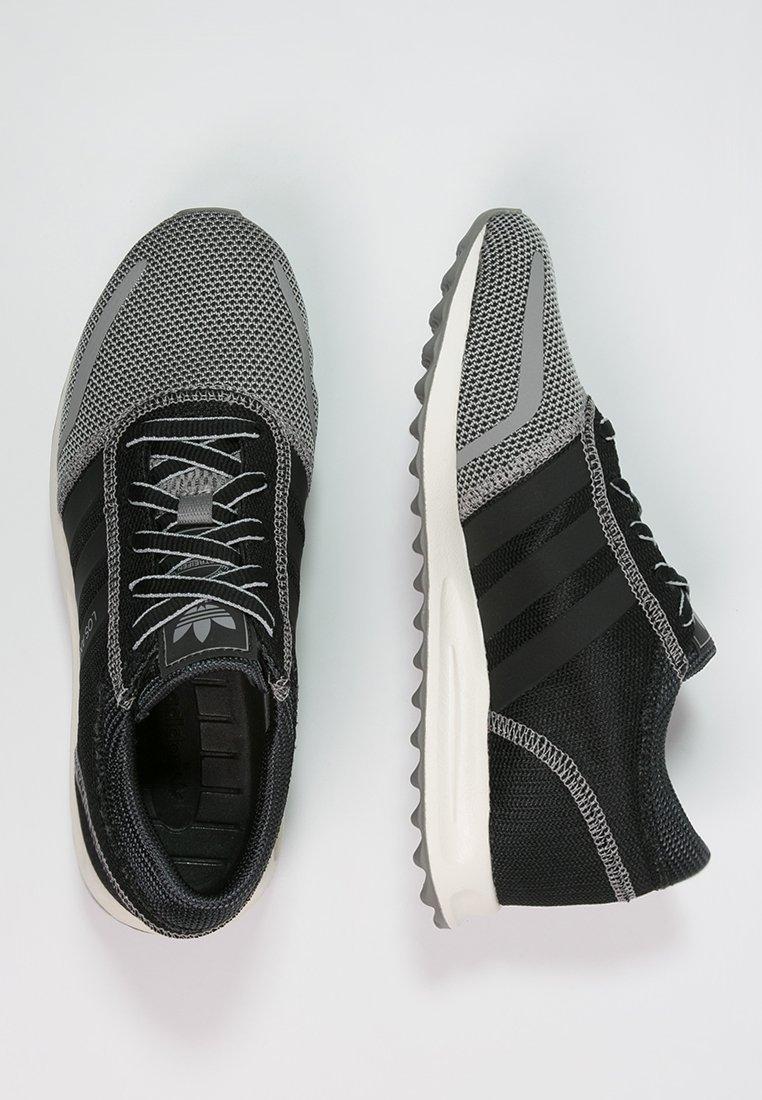 Adidas Los Angeles sneakers nu met code €32,95 @ Zalando