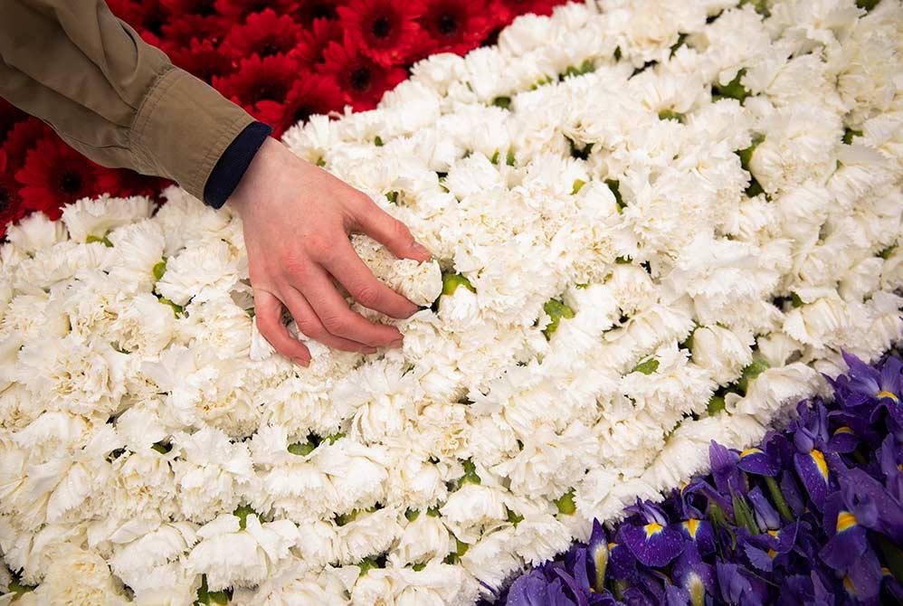 4 Mei, Leg een digitale bloem bij een oorlogsmonument naar keuze.