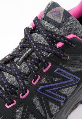 New Balance WT610 trail hardloopschoenen voor €37,48 @ Zalando