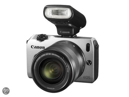 CANON EOS M + EF-M 18-55 + SPEEDLITE 90 EX Zilver € 277,00 @MediaMarkt