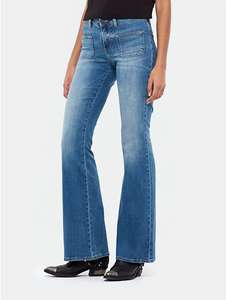 Flared jeans €9,95 @ The Sting