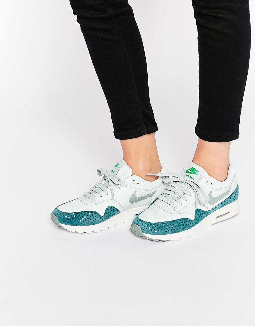 Nike Air Max 1 Ultra Essentials voor €47,38 (+ andere modellen) @ Asos