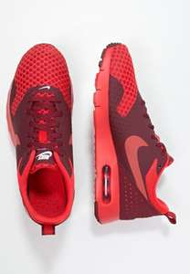 [UPDATE] Nike Air Max Tavas (maat 36 t/m 40) voor €34,95 @ Zalando