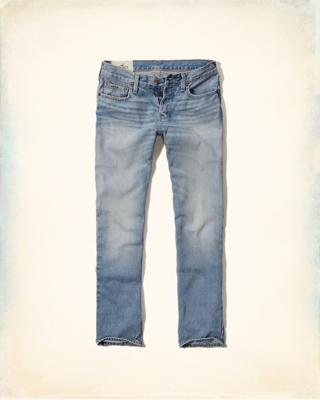 Jeans vanaf €14,70 @ Hollister