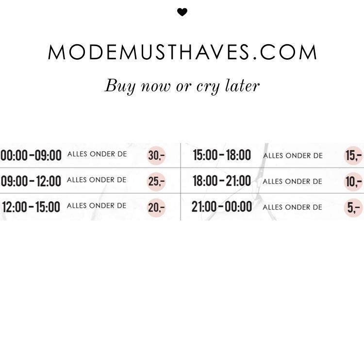 Manic Monday - de prijzen dalen elke 3 uur - € 15 // €10 // €5 @ Modemusthaves