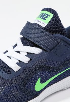 Nike Performance REVOLUTION 3 in maat 17 tot 23.5 voor €17,95 @ Zalando