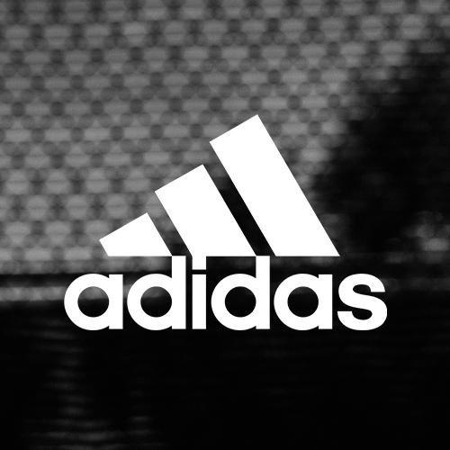 Heel veel kids voetbalschoenen voor €14,96 @ Adidas