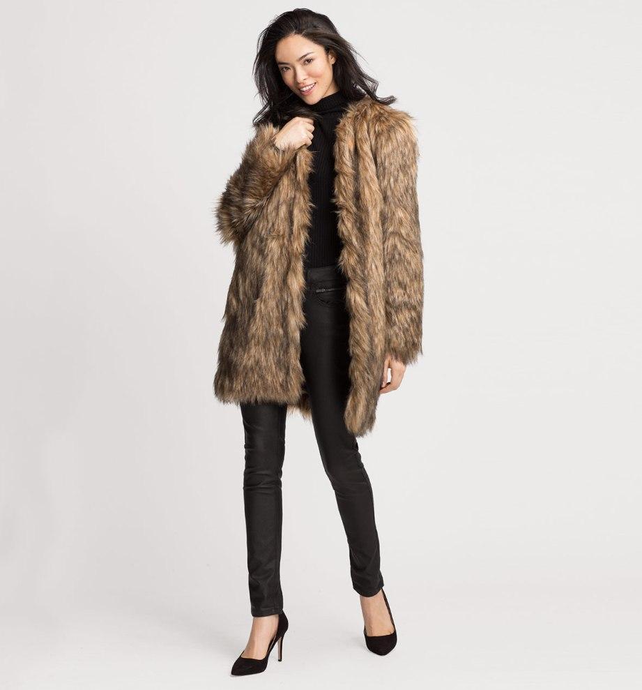 Faux fur jas €29 @ C&A (was €79,90)