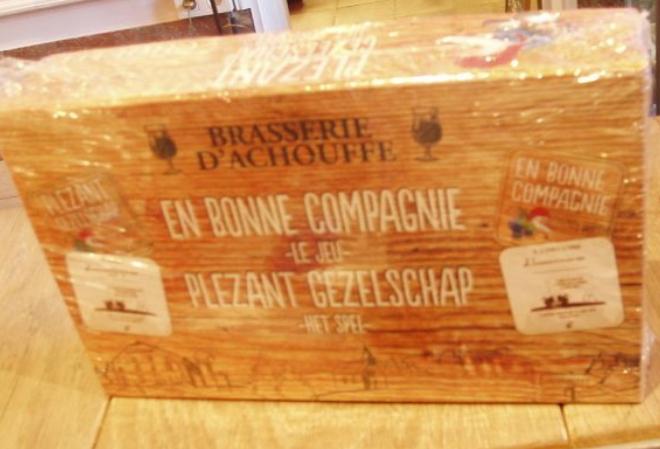 Gratis spel 'Plezant Gezelschap' bij 4x La Chouffe bier