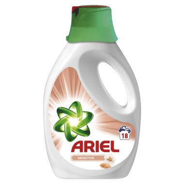 2 Flessen Ariel Sensitive vloeibaar - 18 wasbeurten voor €5 @ Blokker.