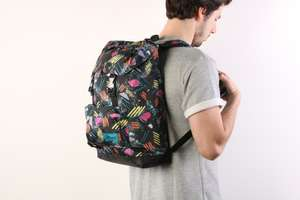 Eastpak Rowlo rugzak 'Into Oldies' nu €25 @ Go-Britain