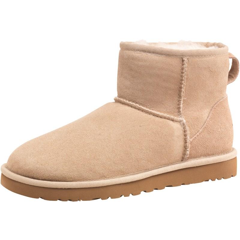 UGG - boots / schoenen / accessoires tot 77% korting + € 5 extra @ MandM Direct