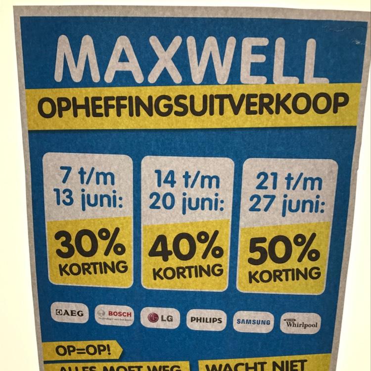 Opheffinfsuitverkoop Maxwell winkels. 30% tm 50%