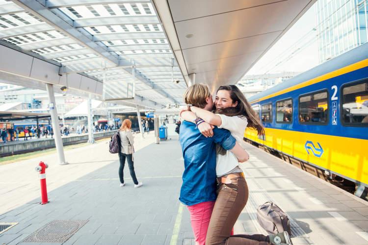 2 NS-treinkaartjes voor 2 enkele reizen