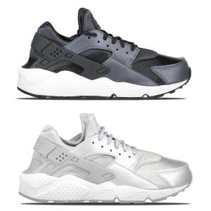 Nike Huarache Run SE - zwart of zilver €52,49 @ Men at Work