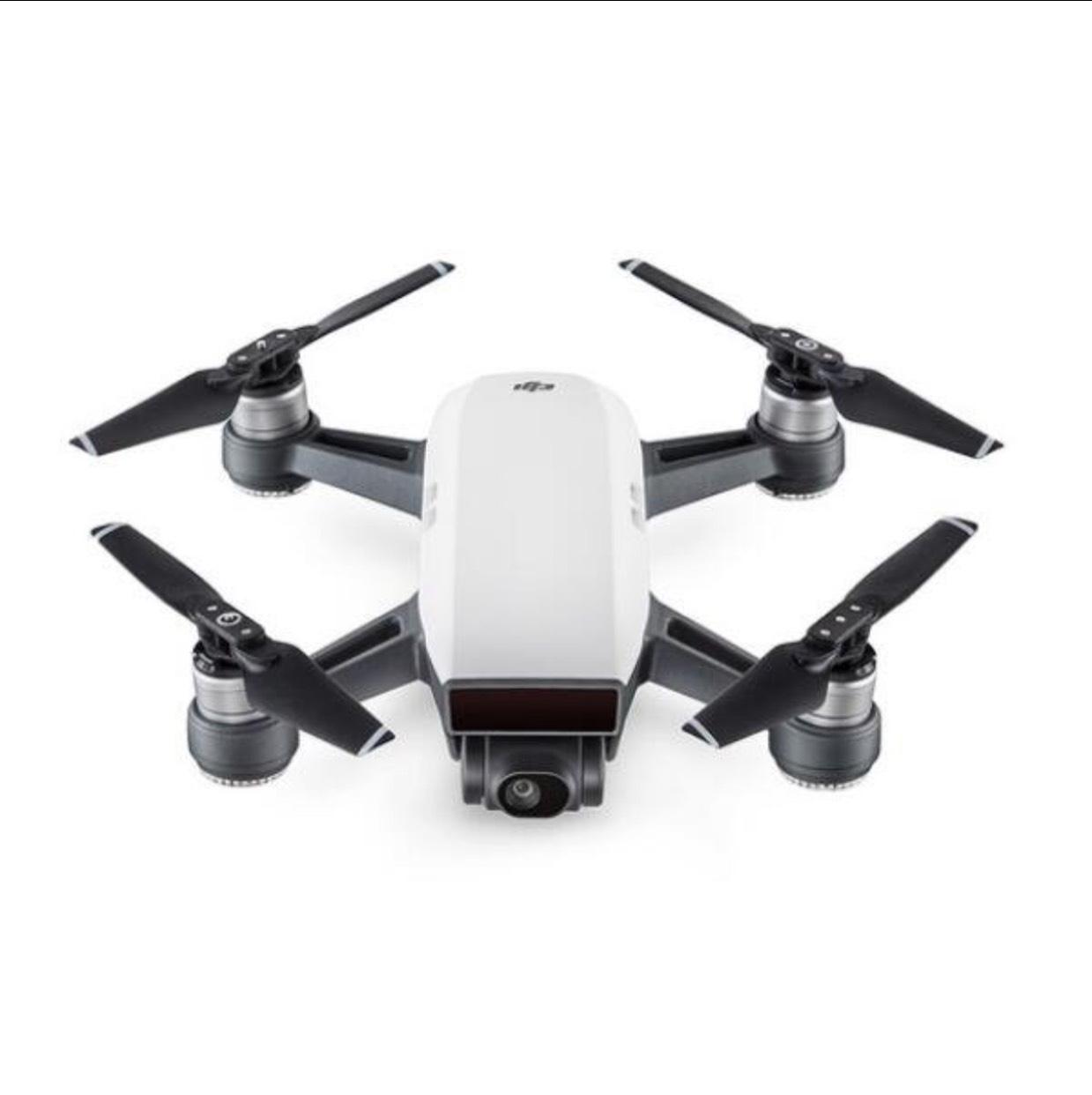25% korting voor DJI Spark Drone (je betaalt dus €417 ) @ Banggood