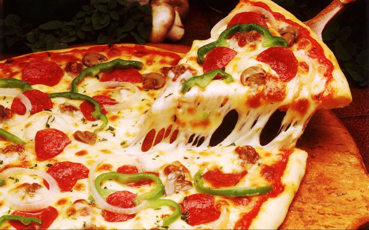 Pizza 25 cm + blikje fris voor 1 euro @ SD (Ede, Wageningen en Veenendaal)