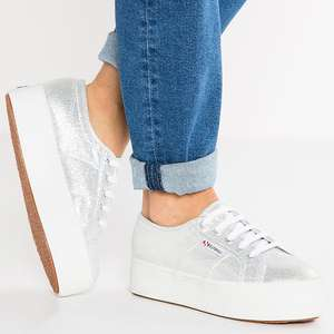 [UPDATE] Superga 'Lamew' sneakers -80% = €19,98 @ About You