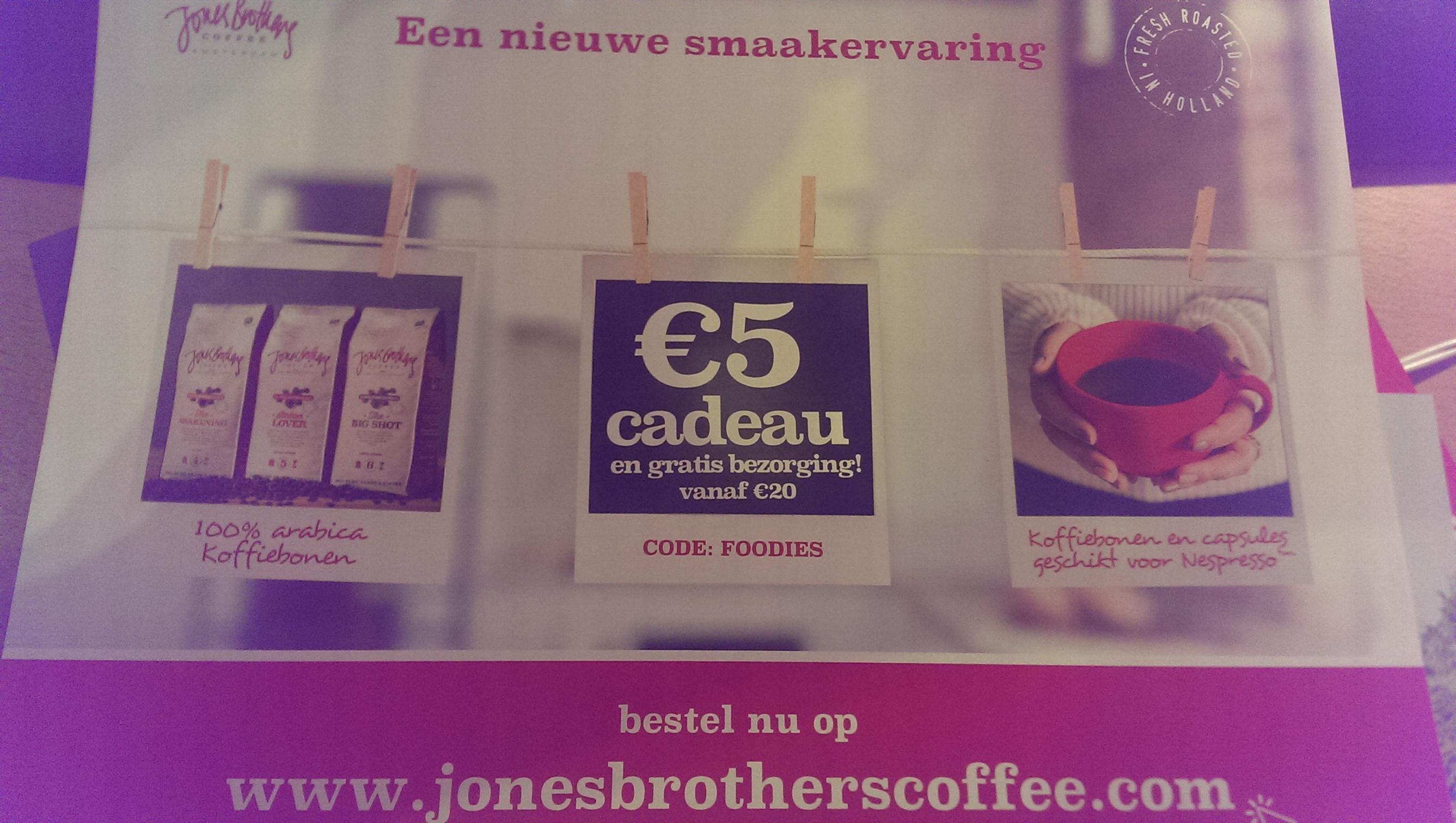 5 euro korting en gratis verzending bij Jones brothers coffee