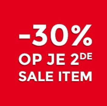 Actie: 2e sale item 30% extra korting @ Score