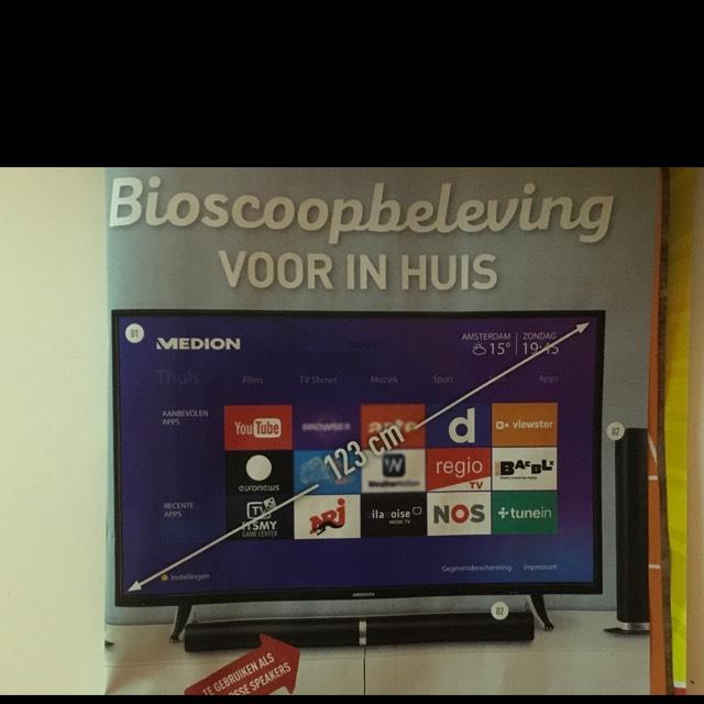 Medion 49 inch 4k smart tv voor €399 bij de aldi van zaterdag 27-01