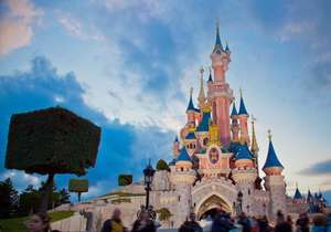 1 Dag Disneyland Paris + €15 Foodvouchers @ AttractionTix