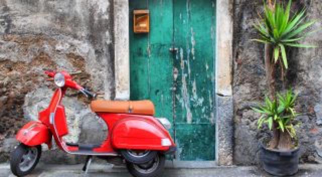 ITALIAANS HISTORISCHE HUIZEN VOOR €1