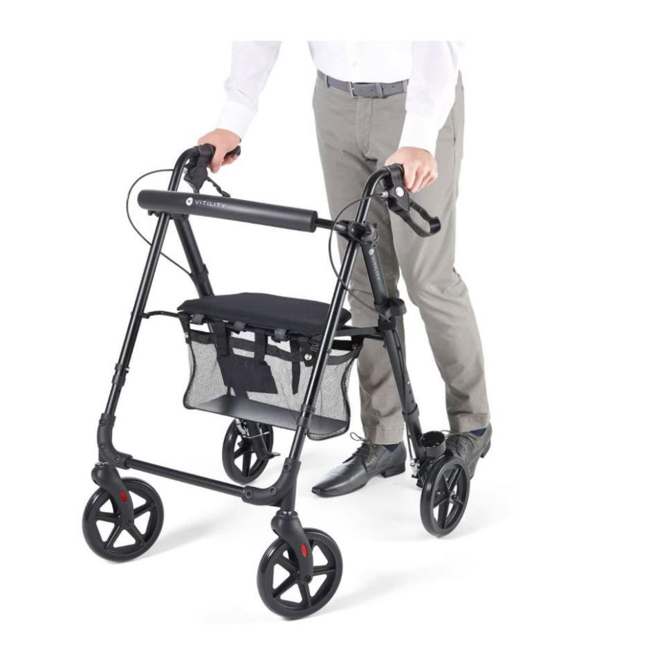 Vitility opvouwbare rollator (elders vanaf €119,95) @Blokker