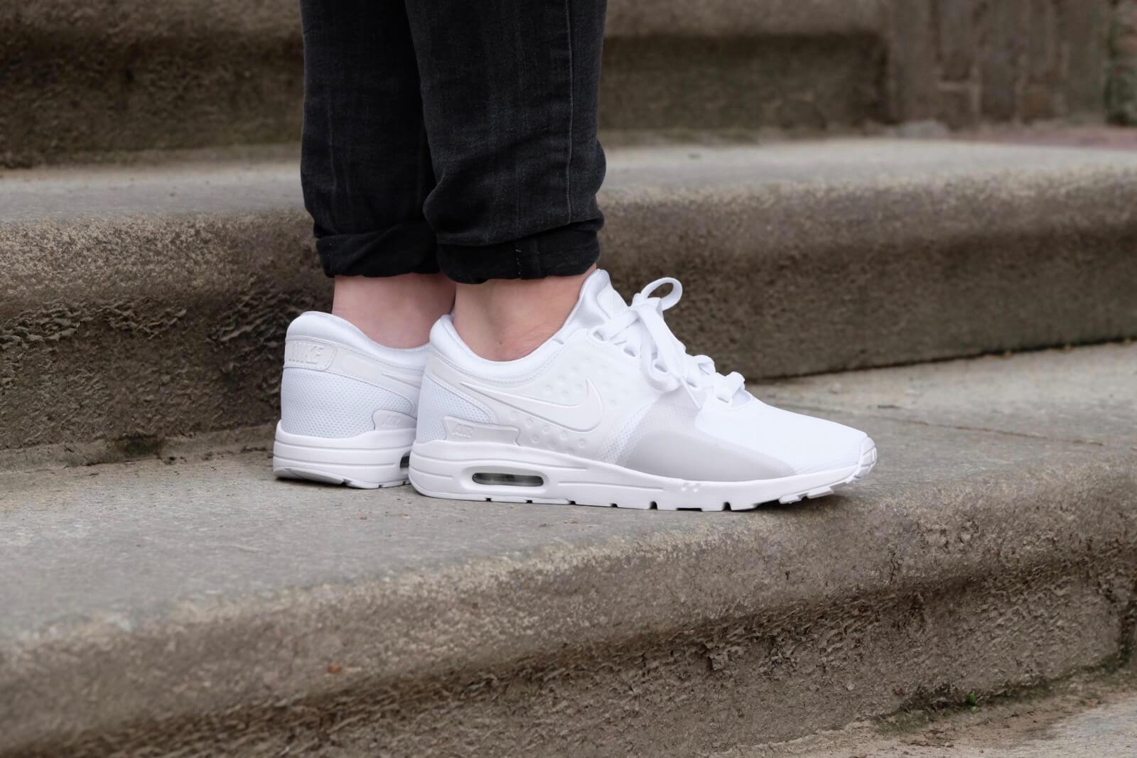 Diverse sneakers (o.a. Nike Air Max Zero) voor €29,99 @ Sneakerbaas