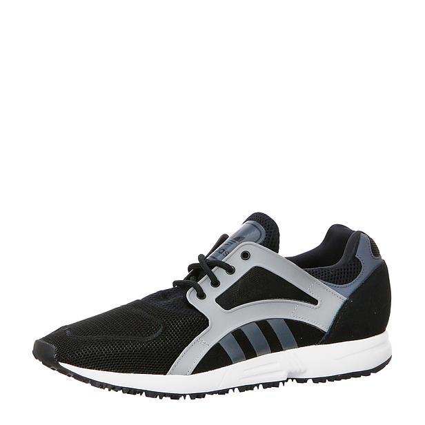Adidas Racer Lite (maat 39/44) voor € 36 @ Wehkamp