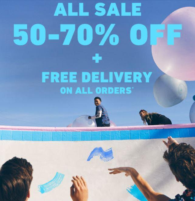 Alle sale 50-70% korting + gratis verzending t.w.v. €5 @ Hollister