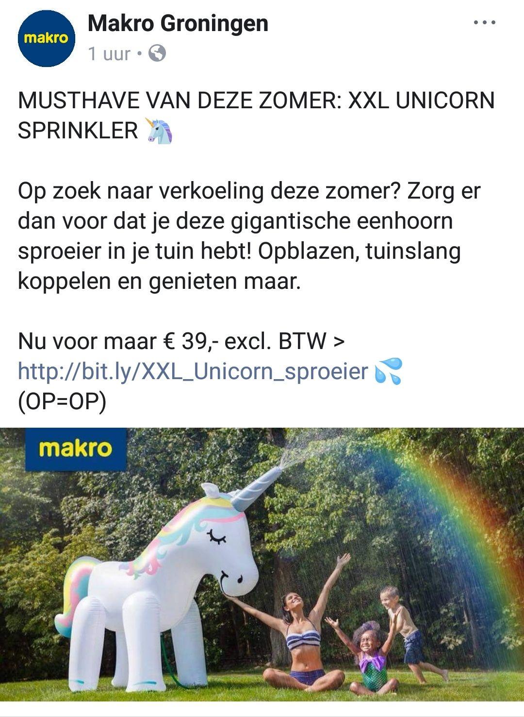 Mega opblaasbare unicorn 2 meter hoog.