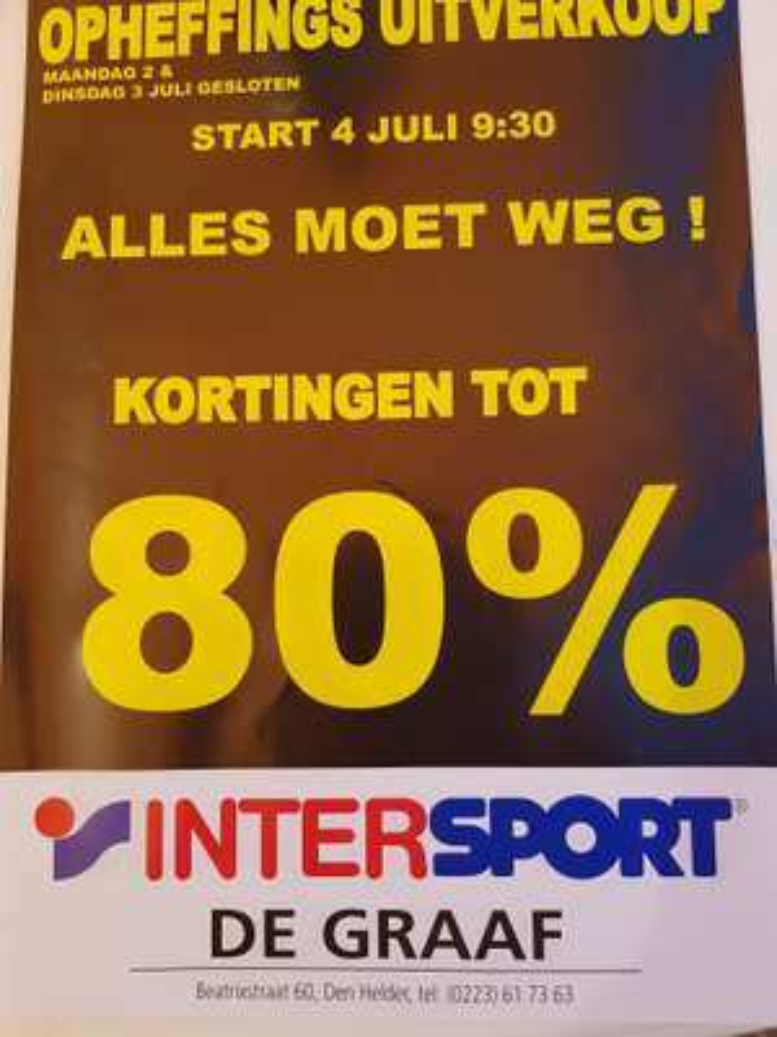 Opheffingsuitverkoop bij de Graaf Intersport in den Helder